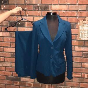 💙👸🏻Ny and Co Suit Blazer and Pants Royal Blue